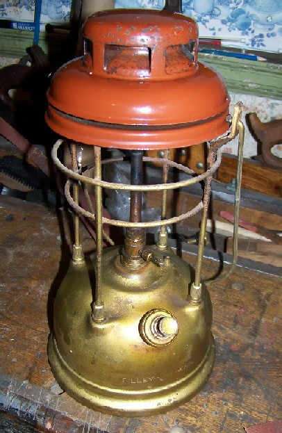First Tilley lamp   Classic Pressure Lamps & Heaters