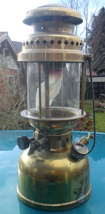 1426107738-Standard_lampe_021_opt.jpg