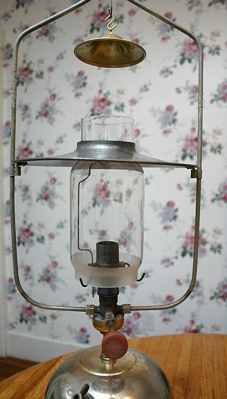 1440047316-Vintage_chimney.jpg