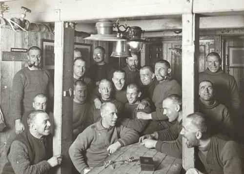 1449086774-Shackleton-crew-inside-Endu_1_.jpg