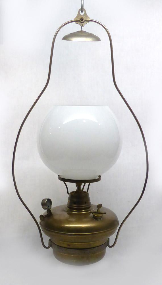1454529506-Primus_1008_lamp.jpg