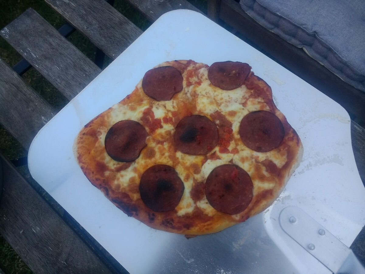 Pizza cooked.jpg
