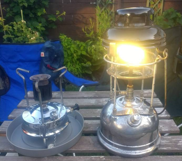 RM stove and Dutch X246.jpg