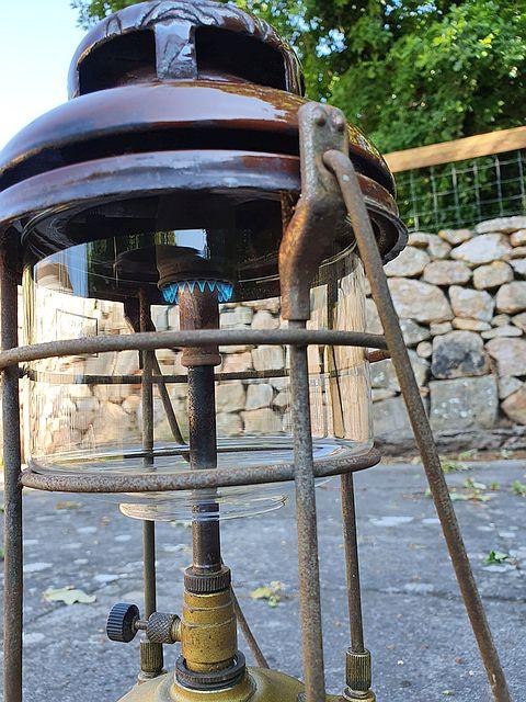 Tilley lamp 3a.jpg