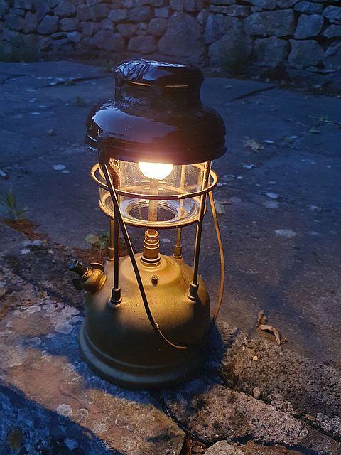 Tilley Lamp 4a.jpg
