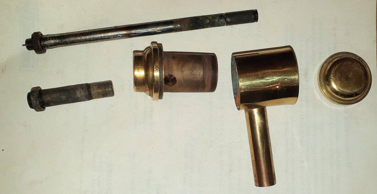 Tilley R1 burner disassembled.jpg